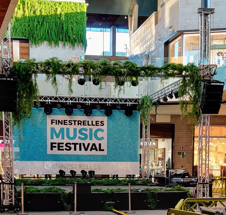 C.C FINESTRELLES_ Hemos creado un mini festival de música…